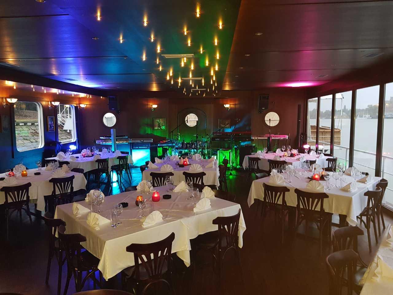 club restoran principal 2